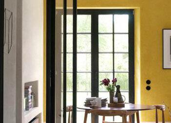 gul vägg_eftermiddagssol